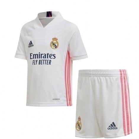Новая форма Реал Мадрид 2020-2021