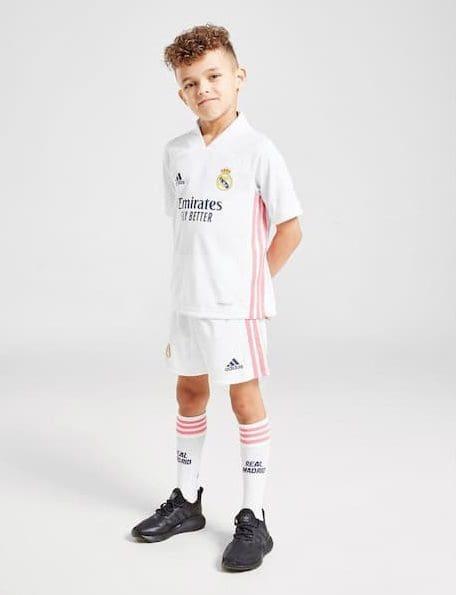 детская футбольная форма Реал Мадрид 2020-2021