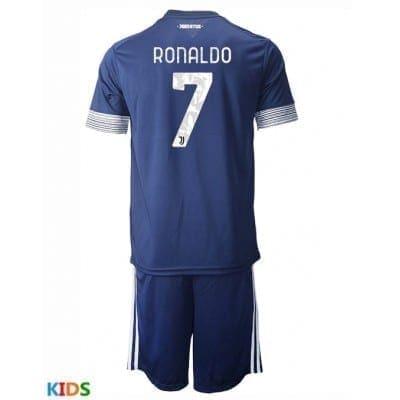 Гостевая детская форма Роналдо 2020-2021