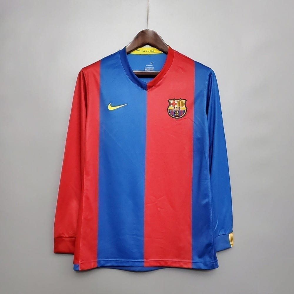 Ретро футболка Барселона домашняя 2006-2007 с длинными рукавами