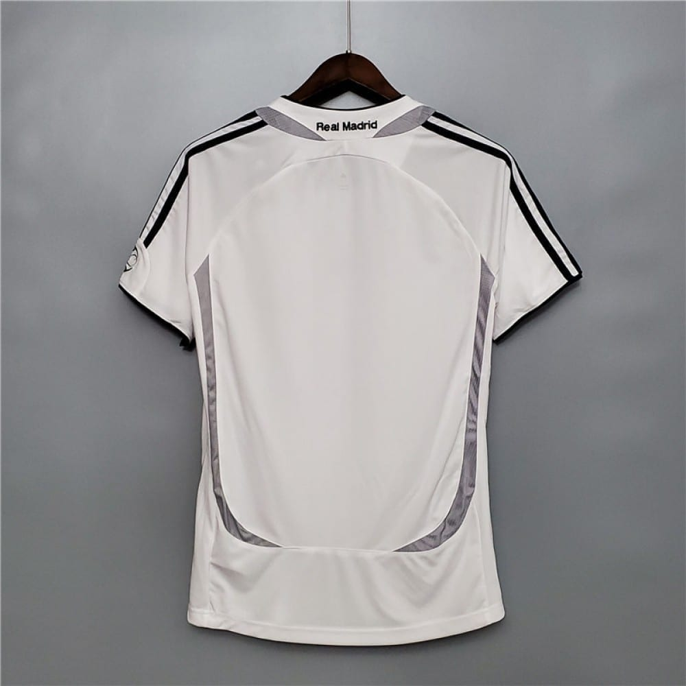 Ретро футболка Реал Мадрид домашняя 2006-2007