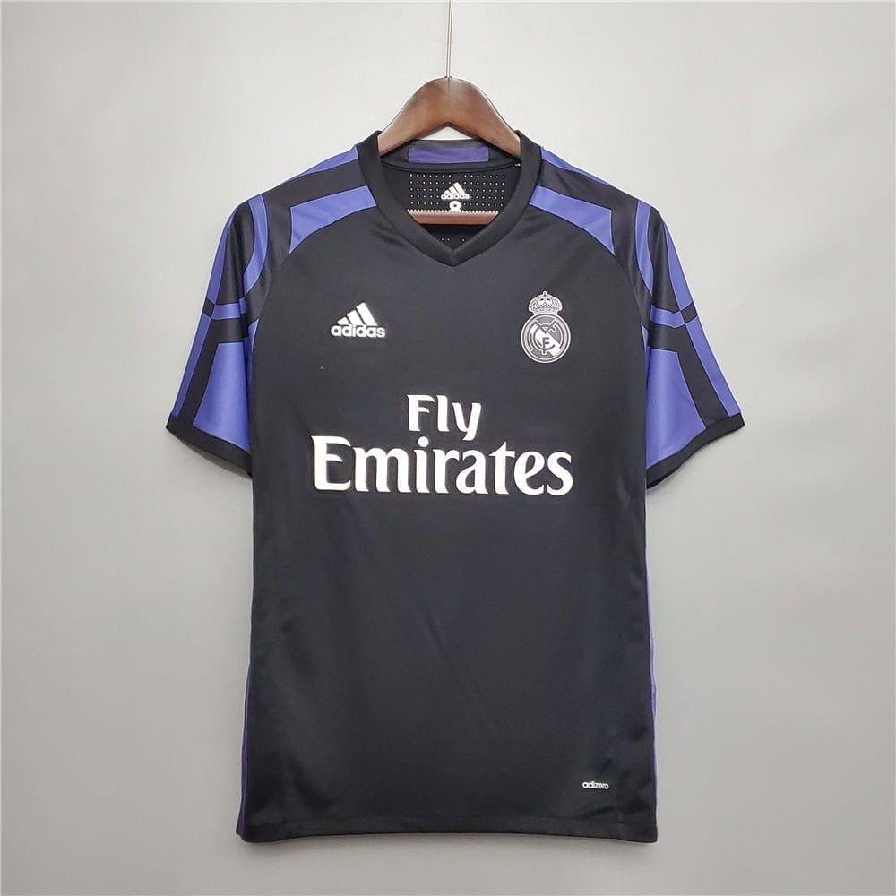 Ретро футболка Реал Мадрид гостевая 2015-2016