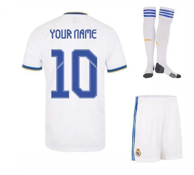 Форма Реал Мадрид 2022 с именем номером и гетрами