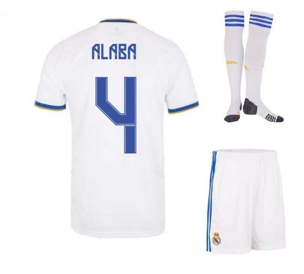 Футбольная форма Алаба 4 Реал Мадрид 2022 с гетрами